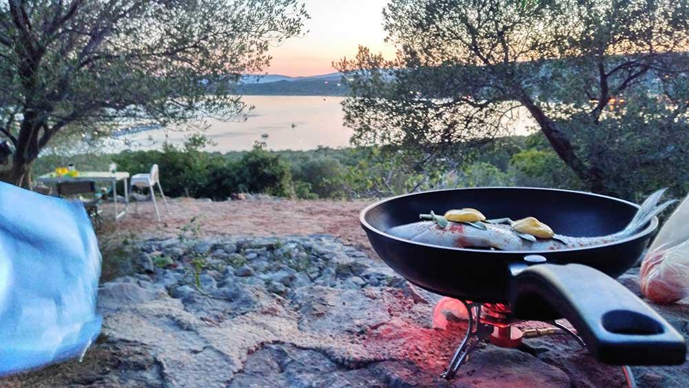 Camping vs Hotel: Wie Du einen All inclusive-Fan vom Zelten begeisterst